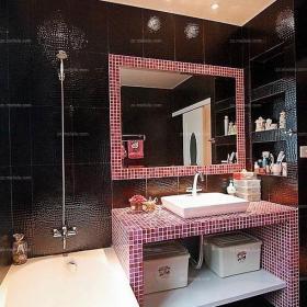 马赛克背景墙客厅背景墙90㎡婚房布置深色调背景墙妆点卫生间效果图欣赏
