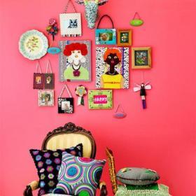 单身公寓客厅背景墙抱枕红色风趣的背景墙设计不只是甜美装修效果图