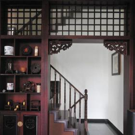 原木色?#35789;?#23458;厅151-200平米四居室中式古典风格复客厅红色博古架效果图