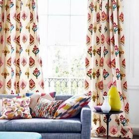 客厅沙发彩色抱枕装修图效果图