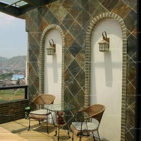 客廳背景墻歐式茶幾盡顯低調奢華的別墅屋頂陽臺裝修效果圖