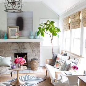 混搭二居沙發100㎡在壁爐旁邊享受客廳的清新效果圖欣賞