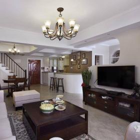 美式客廳躍層電視背景墻設計案例效果圖