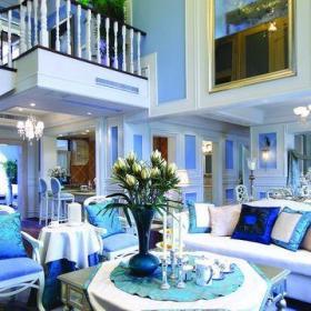 新古典风格跃层客厅沙发装修效果图欣赏