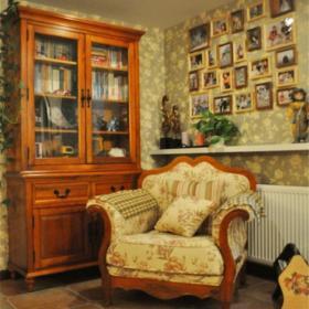 美式風格別墅客廳休閑一角裝修圖美式風格照片墻圖片效果圖欣賞