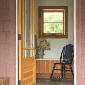 现代简约风格餐厅3层别墅客厅简洁不锈钢玻璃门?#35745;?#25928;果图