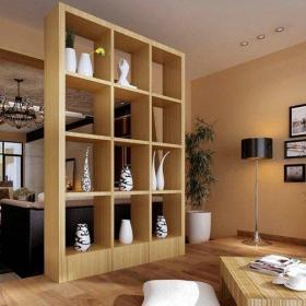 日式客厅博古架装修效果图