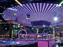 主题酒吧现代公共空间工装时尚动感的酒吧设计效果图