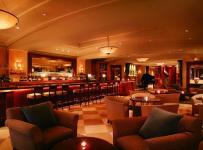 主题酒吧沙发现代公共空间工装时尚动感的酒吧设计效果图