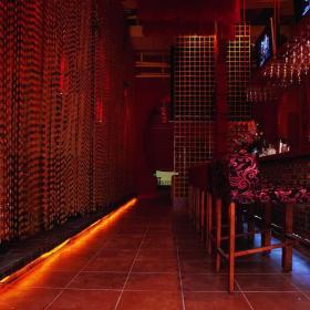 酒吧中式酒柜图片效果图