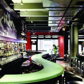 酒吧吧臺設計效果圖片欣賞效果圖
