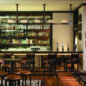 美式風格酒吧酒吧椅圖片效果圖