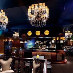 酒吧沙發現代工裝主題酒吧網吧時尚動感的酒吧設計裝修效果圖