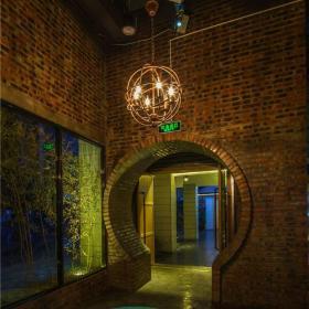 混搭风格酒吧入口吊顶设计效果图