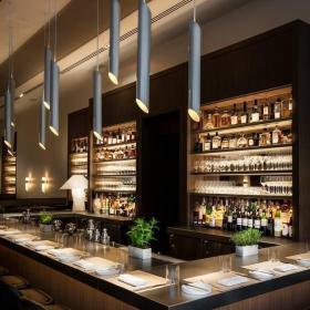 红酒吧吧台图片效果图欣赏