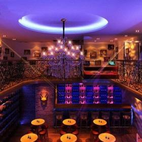 酒吧大厅吊顶装修设计图片效果图