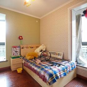 床儿童房实拍图效果图