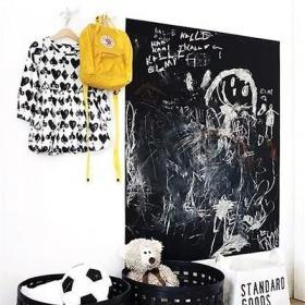 背景墻創意兒童房黑板墻好涂鴉效果圖