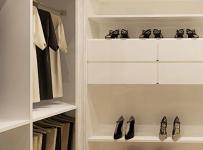 鞋柜简约80㎡衣帽间家居收纳白色收纳柜的简洁之美装修效果图