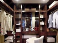 中式风格三居室衣帽间吊顶装修效果图欣赏