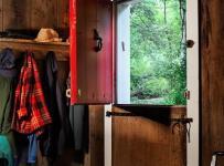 混搭风格一层别墅及艺术家具开放式衣帽间设计图纸效果图