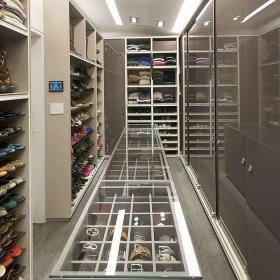 現代風格個性鞋柜衣帽間裝修效果圖