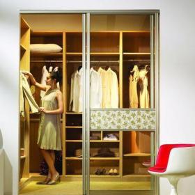 原木色91-120平米二居室宜家風格推拉門衣帽間裝修效果圖設計