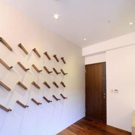 现代衣帽间墙壁装饰设计图片效果图
