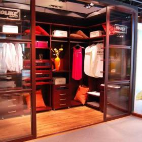 衣櫥推拉門家居擺件整體衣柜開放式衣帽間現代風格步入式衣帽間裝修效果圖