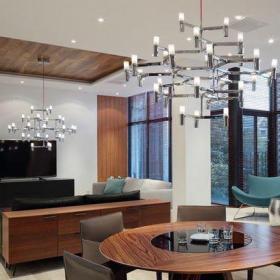咖啡色混搭餐厅复式原木元素混搭北欧风餐厅装修效果图