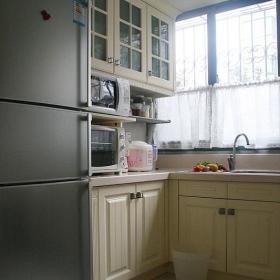 北欧风格三居室富裕型厨房橱柜设计图效果图