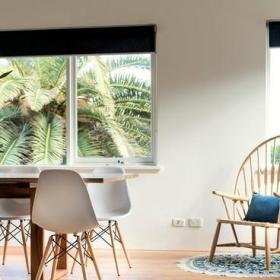 现代简约风格卫生间3层别墅乐活宜家椅子效果图