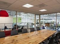 现代风格办公室隔断设计图片现代风格办公家具图片效果图