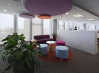 现代风格办公室隔断设计图片现代风格办公沙发图片效果图欣赏