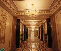 地面拼花吊顶吊灯工装欧式风格酒店走廊吊顶装修图片欧式风格吊灯图片装修效果图
