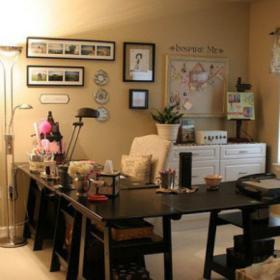 米色91-120平米三居室個性創意混搭風格黑框現代照片墻實景圖效果圖