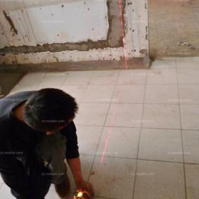 混搭客厅红外线找平,确认墙面与地面的平整性效果图大全