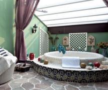 地中海卫生间吊顶绿色浴室实拍图效果图