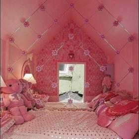 復式樓床粉色的閣樓臥室裝修效果圖