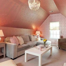布藝粉色吊頂復式樓沙發茶幾絕對搶眼的閣樓客廳設計裝修效果圖