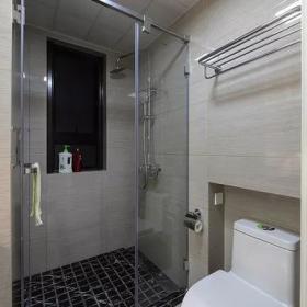 110㎡現代簡約三居衛生間干濕分離設計