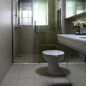 极简现代四居卫生间装修效果图赏析