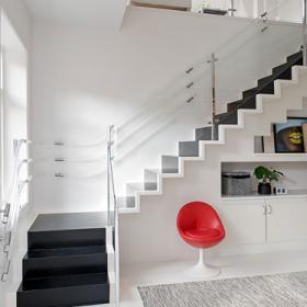 田園風格復式房室內樓梯圖片