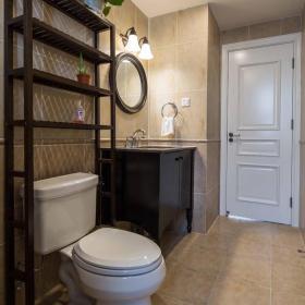 美式混搭风格二居卫生间设计效果图