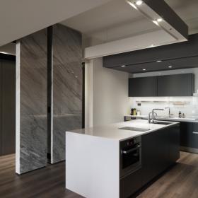 142平簡約風格公寓開放式廚房效果圖