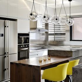 現代80平米公寓廚房吧臺設計效果圖