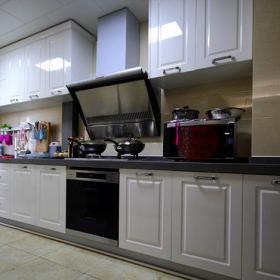 溫馨三居簡約設計廚房圖片