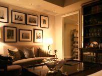 90平米時尚歐式風格兩居室客廳照片墻裝修效果圖