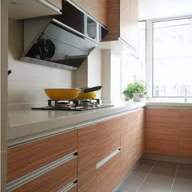 88平現代簡約兩居室之廚房櫥柜門效果圖