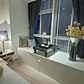 簡約風三居室臥室飄窗設計效果圖